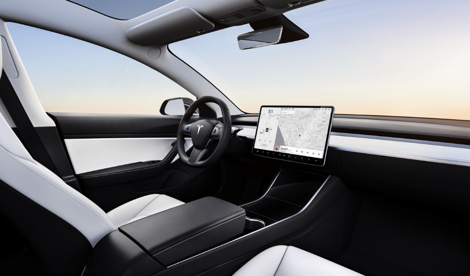 Tesla Model 3 Performance Innenraum