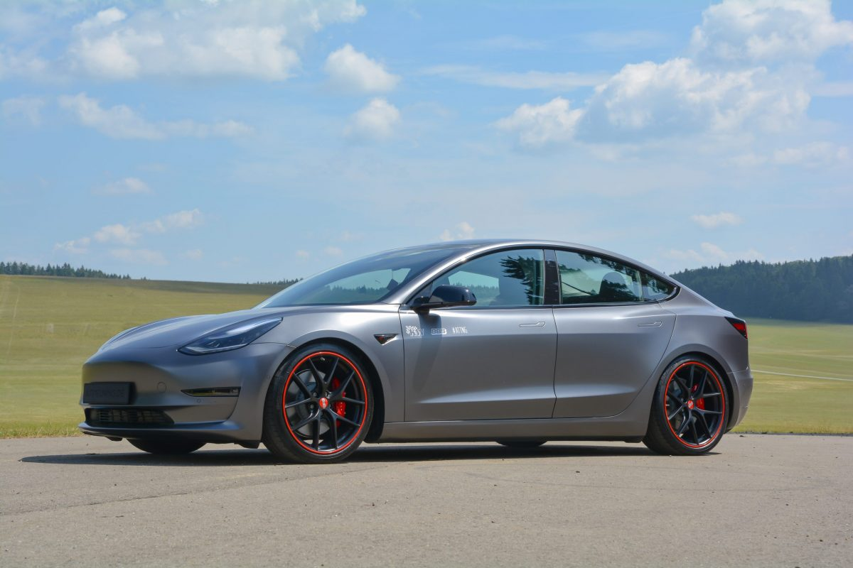 Tesla Model 3 Kredit